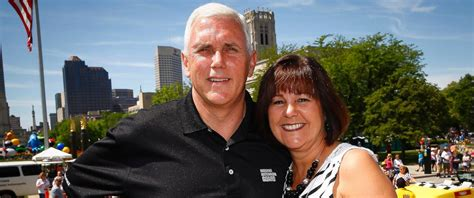 mike pence wife how indiana first lady karen pence came to chion the