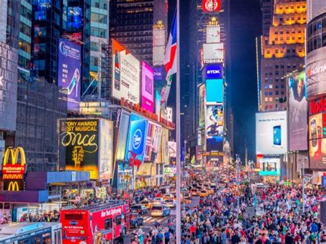 new york time square facts about times square in new york city business insider