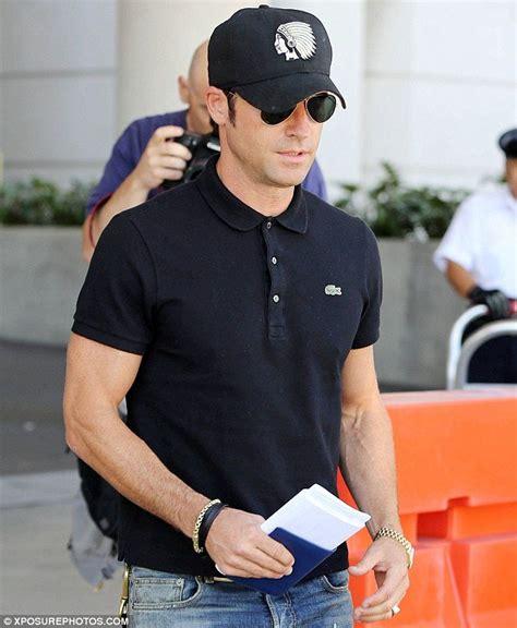 Celana Panjang Nike Black Blue 2016 inilah 6 alasan mengapa cowok yang memakai kaus polo itu