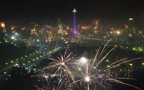 Ulang Tahun Jakarta 2018 Ini 5 Titik Pesta Kembang Api Di Jakarta Saat Malam