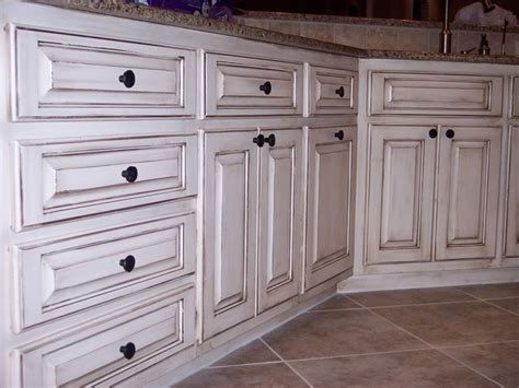 How To Antique Kitchen Cabinets by 13 Best Images About Cabinets On Pinterest How To Paint