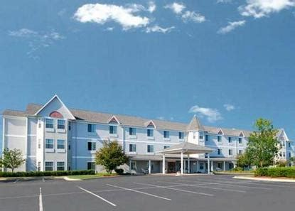 comfort inn st charles il comfort inn suites geneva batavia deals see hotel