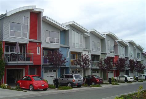 a record 112 209 homes were sold in bc in 2016