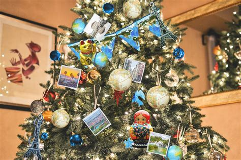travel christmas tree inspiration travel ornaments diy