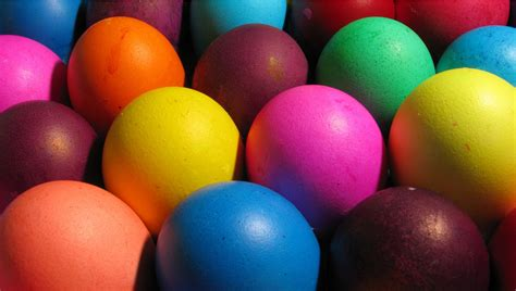 colorful easter wallpaper colorful easter eggs background 28246 1907x1080 px