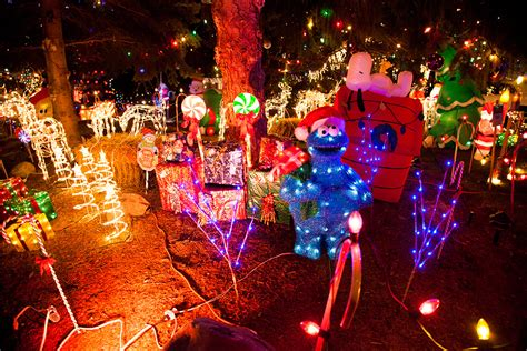 spectacular christmas lights display in st catharines