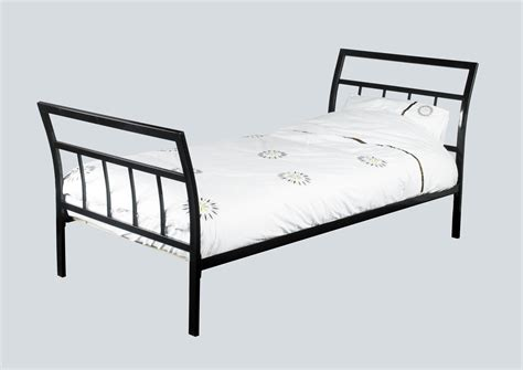 wrought iron sleigh bed white twin sleigh bed bedroom twin sleigh bed cherry