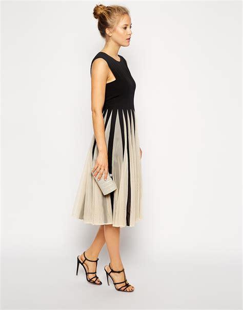 Finneah Stripes Flare Midi Dress lyst asos fit and flare midi dress in black
