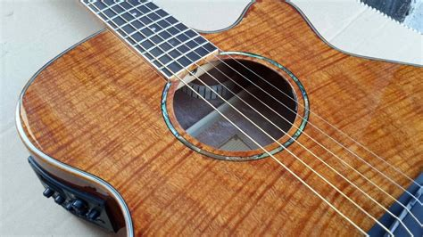 Wholesale Okoume Flame Maple Wood Acoustic Electric Guitar
