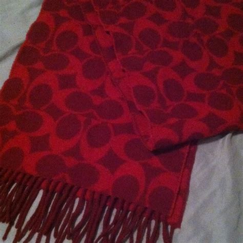couch scarf 35 off coach outerwear authentic 100 lambswool red