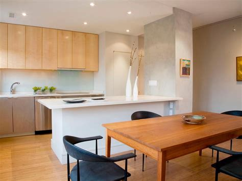 picking a kitchen cabinet finish hgtv choosing kitchen cabinets hgtv