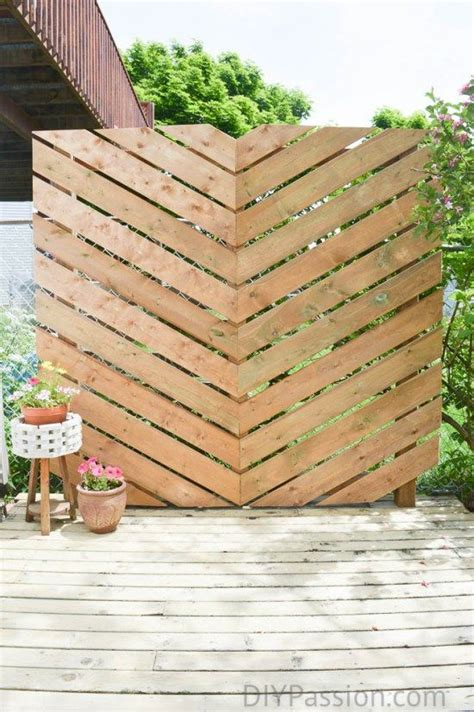 simple gartenideen how to build a simple chevron outdoor privacy wall