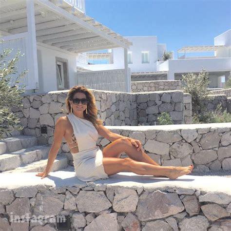 Kitchen Islands Diy stunning alison victoria bikini photos extend summer