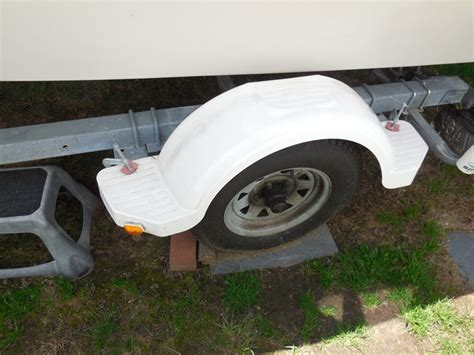 how to install boat trailer fenders replacement white trailer fender and clearance lights for