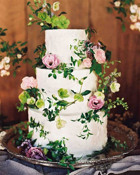 how to make a fresh flower wedding cake topper ehow 62 fresh floral wedding cake ideas wedding from brit