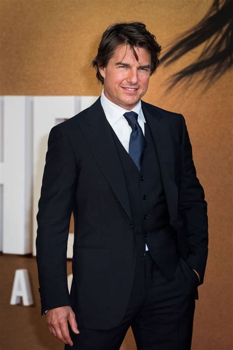 Travolta Is Delusional by Former Scientologist Remini Says Tom Cruise Thinks