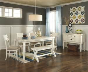 Casual Dining Room by Casual Dining Set With Stunning Decor Inspiring Attractive