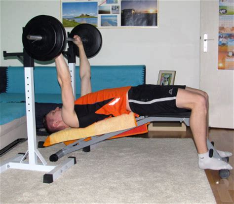 proper decline bench press form decline bench press form muscles worked benefits