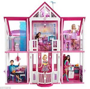 toys r us barbie doll houses how gender neutral dollhouses are finally catching on with