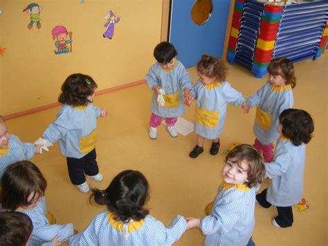 imagenes de niños jugando rugby ni 241 os jugando al corro de la patata recurso educativo