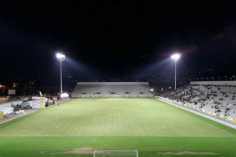 illuminazione stadio prestazioni straordinarie per gli stadi disano led