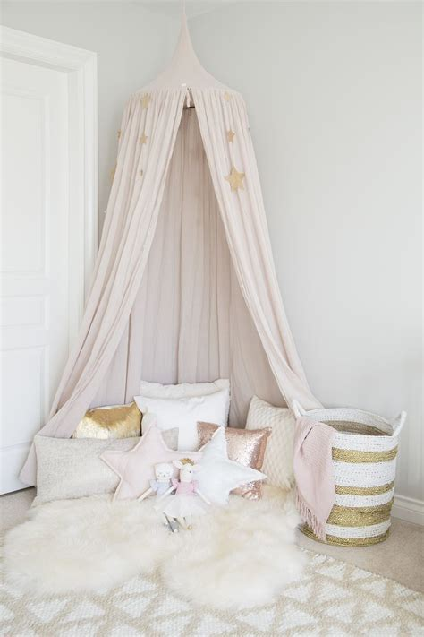 canopy for girls bedroom best 25 girls bedroom canopy ideas on pinterest canopy