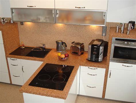 Hohe Stühle Küche by Wohnzimmer Steinwand Grau