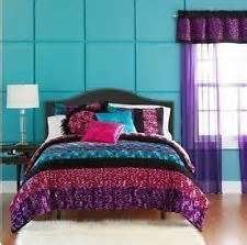 purple and teal bedroom 25 best ideas about teal bedrooms on