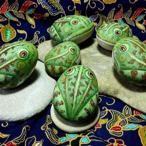 Steine Bemalen Frosch by 797 Best Pebbles And Stones Frogs Images On