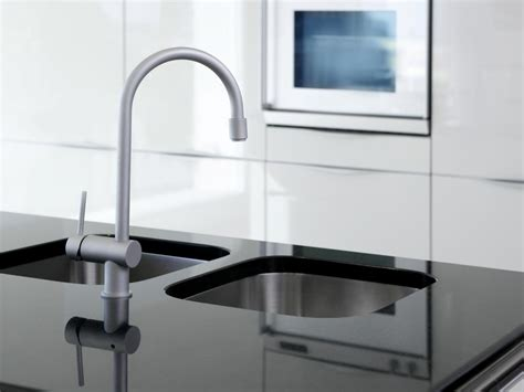 zlewozmywak corian solid surface countertops pictures ideas from hgtv hgtv