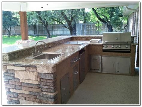Outdoor Kitchen Cabinets Lowes Outdoor Kitchen Lowes Best Suited To Offer You Top Notch Outdoor Kitchen Ideas Interior