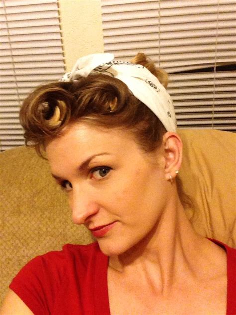 1940s bandana hairstyles 1000 images about old hair styles on pinterest 1940s