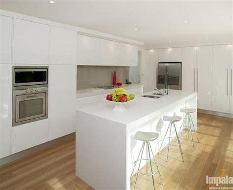 kitchen cabinet bulkhead white kitchen 2