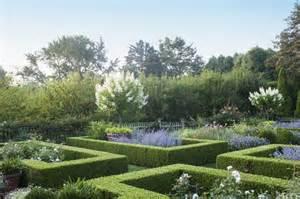 ina garten garden habitually chic 174 187 ina garten s garden