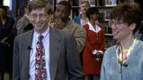 Bill Gates Charity Biography | mark zuckerberg computer programmer philanthropist