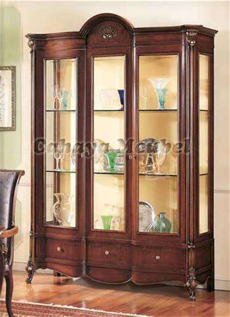 Bufet Pajangan Jati Jepara 3 Pintu Kaca Cantik Bagus furniture jepara lemari pajangan kaca jati lemari hias