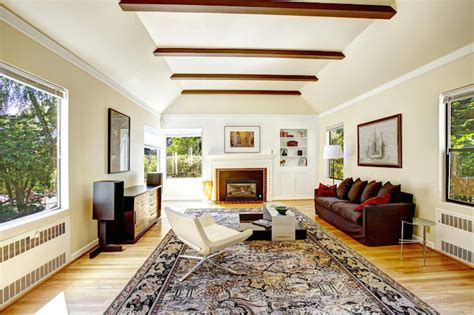 vaulted ceiling kitchen ideas espacios felices happy 9 ways to add decor to vaulted ceilings the rustic willow