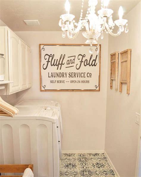How To Decorate A Laundry Room 25 Best Ideas About Laundry Room Signs On Laundry Signs Laundry Decor And Laundry