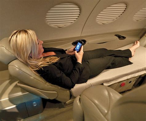 jet bed cabin comforts business jet traveler