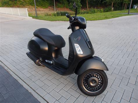 Motorradtransport Italien by Gts 300 Vespa Motorrad Spedition F 252 R Motorradtransport