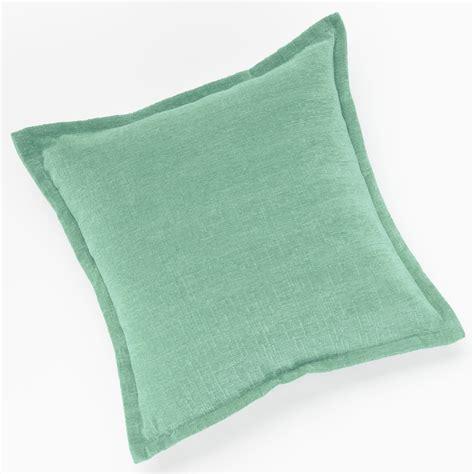Throw Pillows Kohls by Decorative Throw Pillow Kohl S