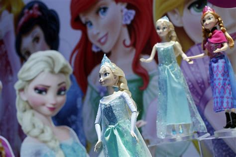 film barbie frozen 2 hasbro gets rights to disney s frozen as mattel left