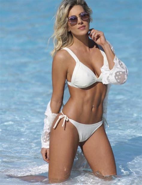 imagenes hot noelia marzol noelia marzol muestra su lomazo en la playas de miami