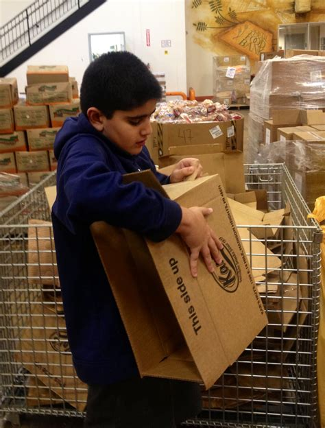 St Marks Food Pantry by St S Students Volunteer At Food Bank