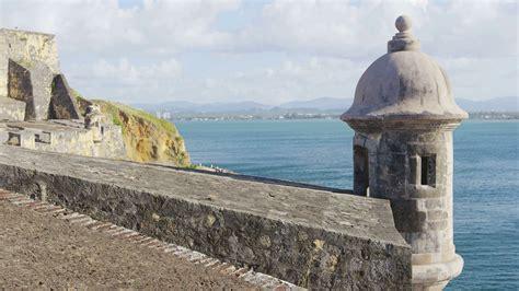 greater than a tourist san juan 50 travel tips from a local books tourist destination landmark castle el morro