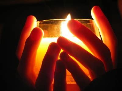forse sarai una luce che illumina il mio ieri da gregge sperduto a gregge con pastore l universo in