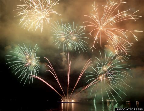 new year philippines amazing photos of new year s celebrations around the world