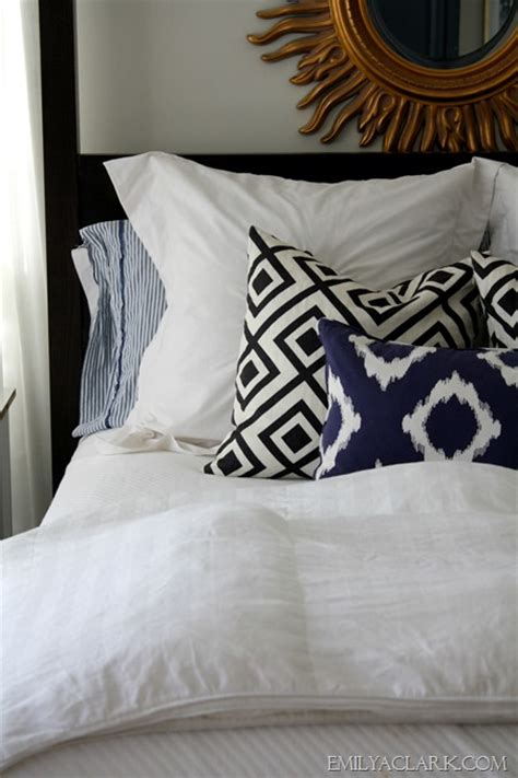 chagne bedding white bedding with blue accents easy to change out and