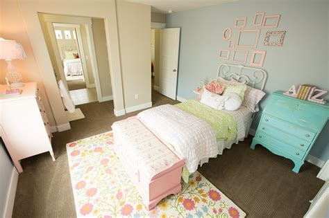 jack and jill bedrooms 66 best images about new construction henry walker on