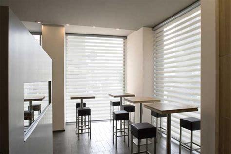 tende a rullo interni moderne tende doppie moderne idee creative di interni e mobili